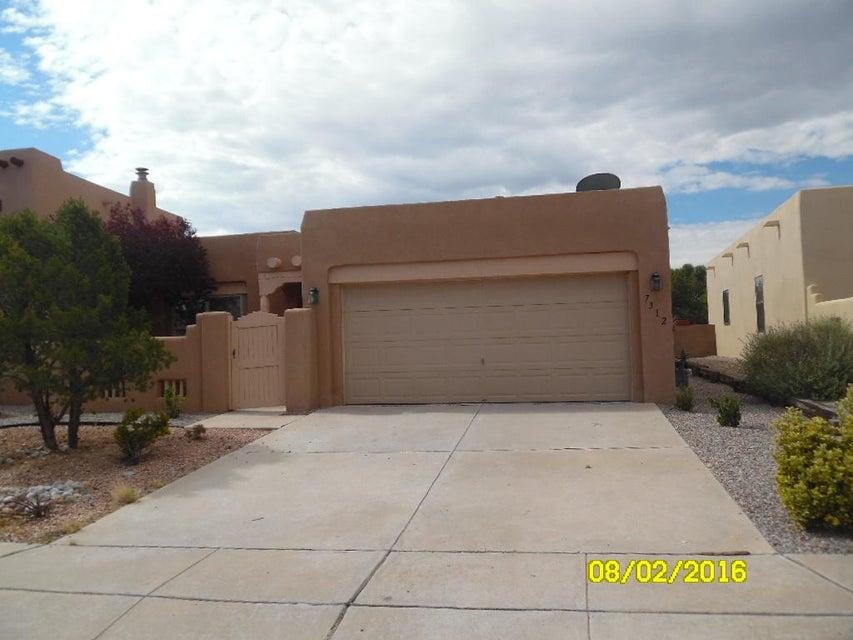 7312 Triana Place NW, Albuquerque, NM 87114