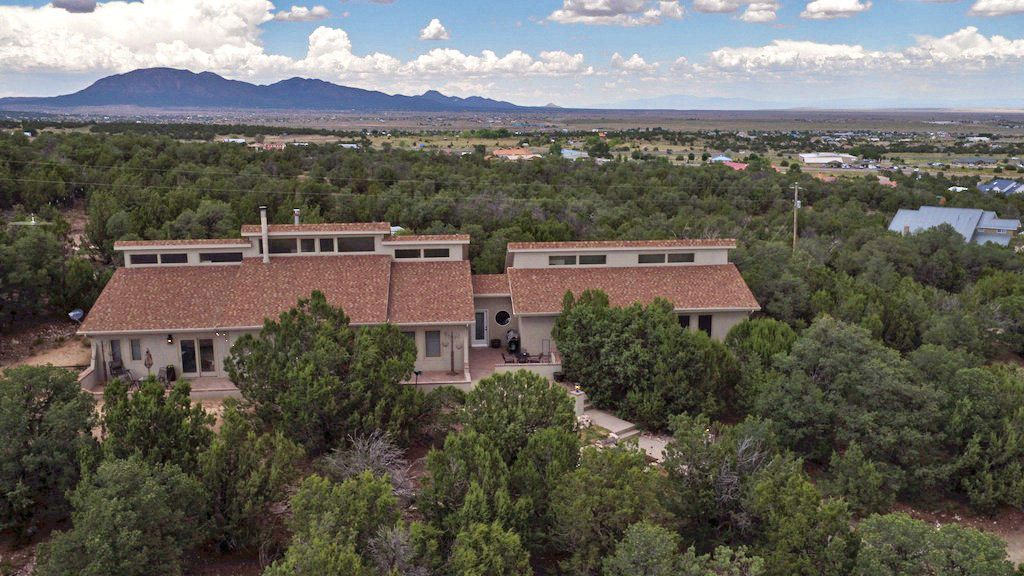 30 Entrada Del Norte, Edgewood, NM 87015