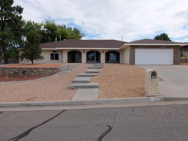 1704 Stagecoach Road SE, Albuquerque, NM 87123