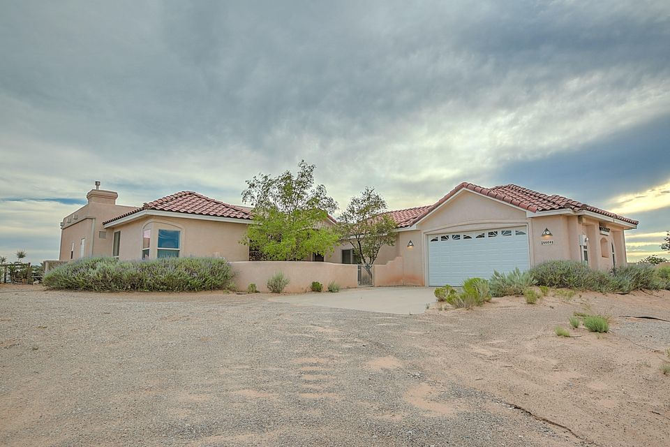 6604 PASILLA Road NE, Rio Rancho, NM 87144