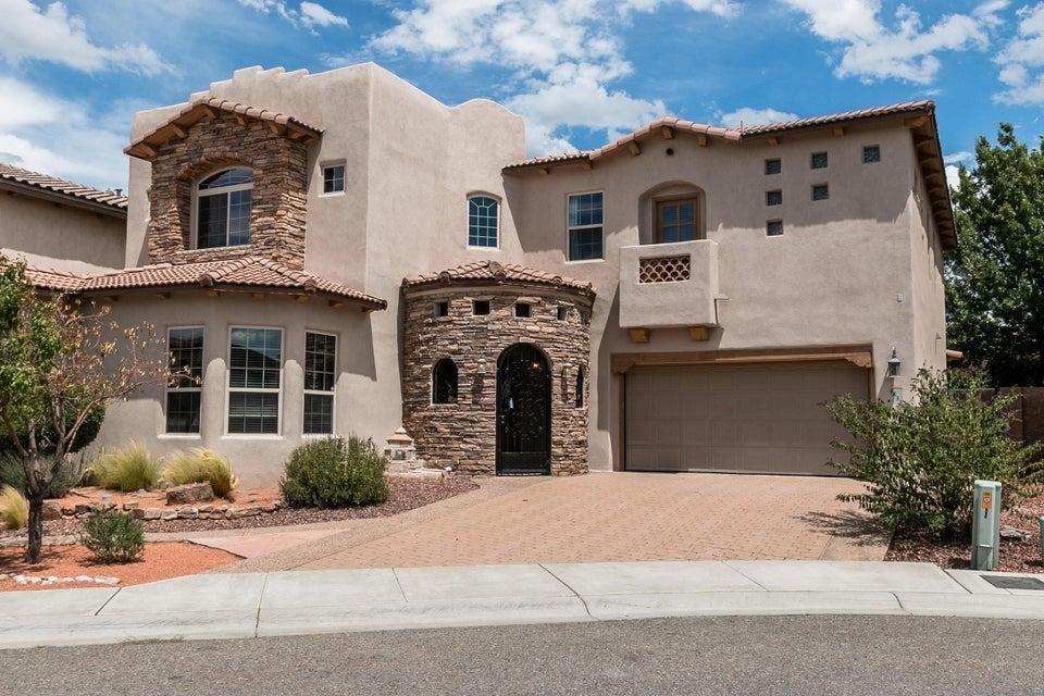 8632 Desert Dawn Court NE, Albuquerque, NM 87113