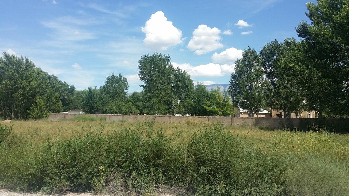 555 Field Hawk Trail NW, Albuquerque, NM 87114