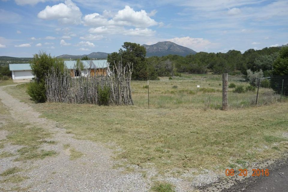 25 Taft Road, Sandia Park, NM 87047