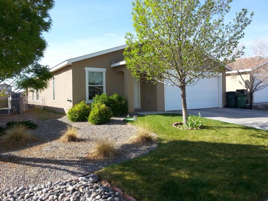 3772 Rancher Loop NE, Rio Rancho, NM 87144