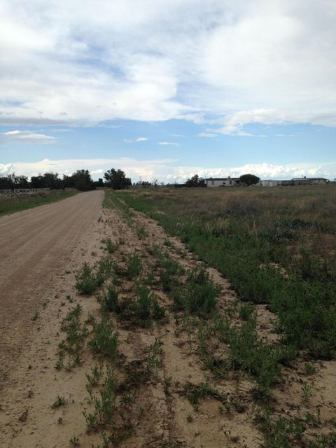 11 Meadow Road Lane, Moriarty, NM 87035