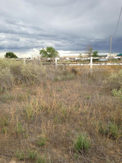 16 Meadow Court, Moriarty, NM 87035
