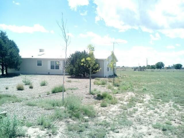 48 Esperanza Road, Moriarty, NM 87035