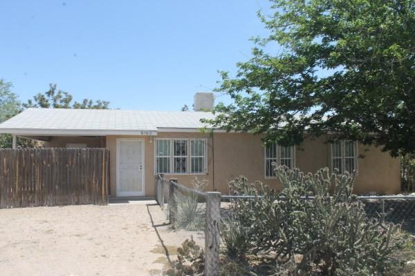 5742 Don Pasquale Drive SW, Albuquerque, NM 87121