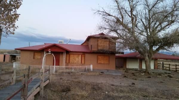 10 Romero Lane, Los Lunas, NM 87031