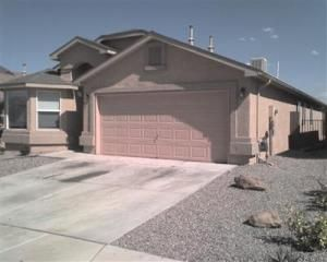 10128 Garden Gate Lane SW, Albuquerque, NM 87121