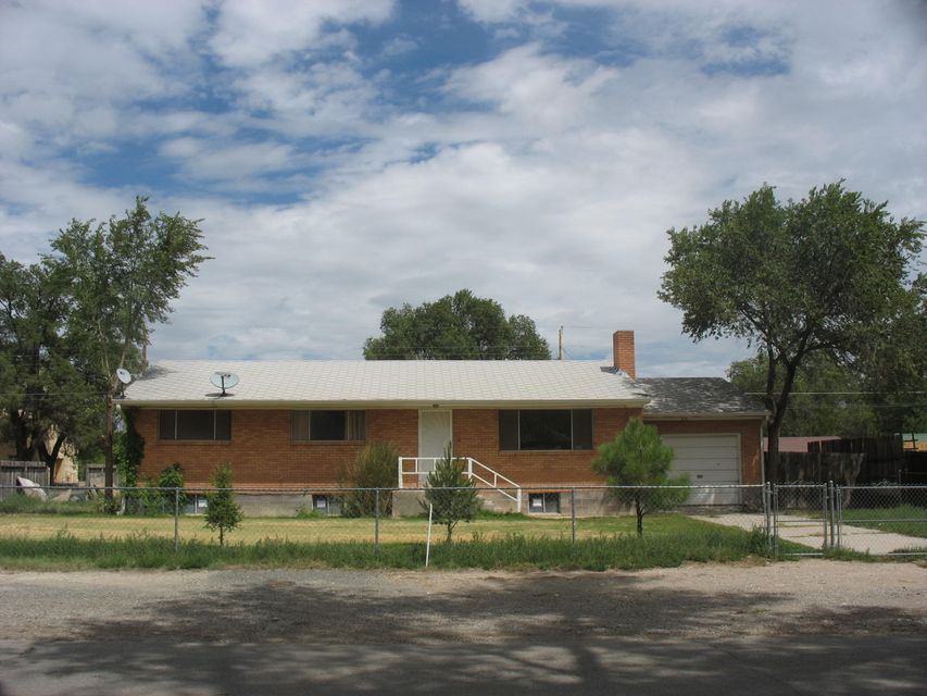 715 W Williams Avenue, Estancia, NM 87016