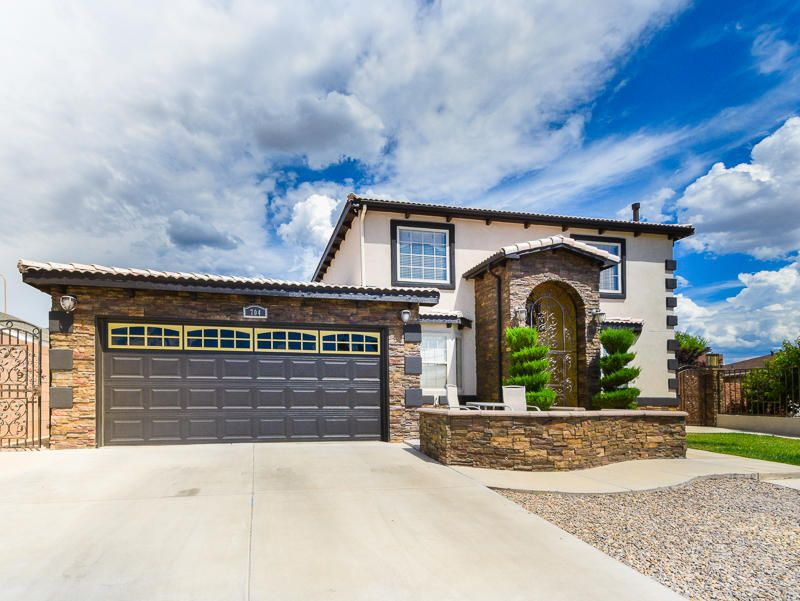 704 Gretta Court NE, Albuquerque, NM 87123