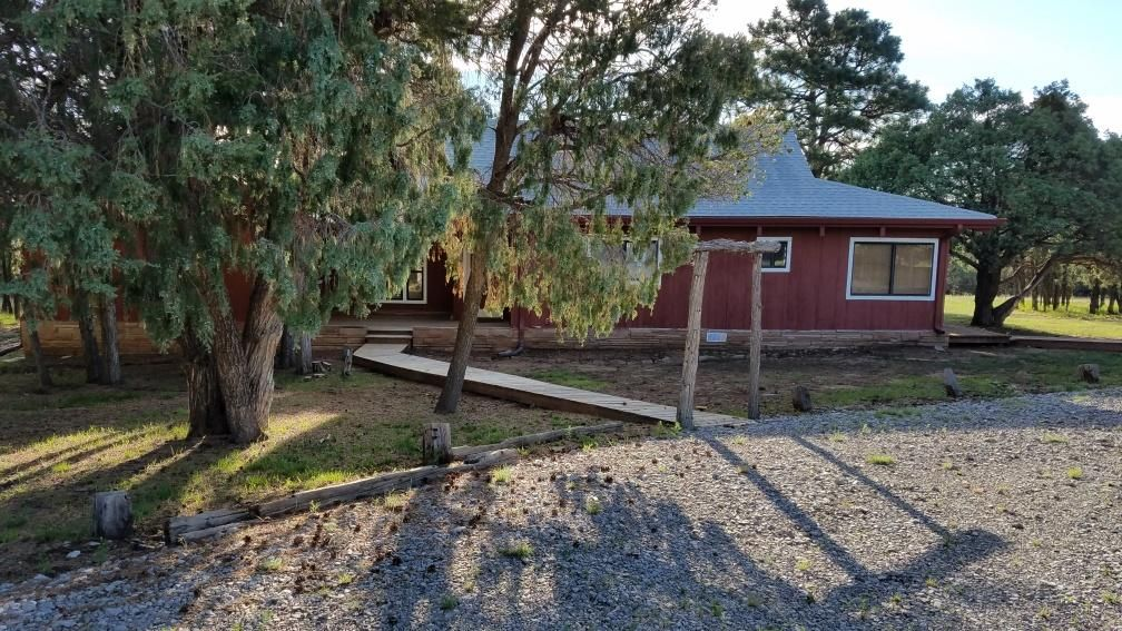 11 Hummingbird Lane, Tijeras, NM 87059