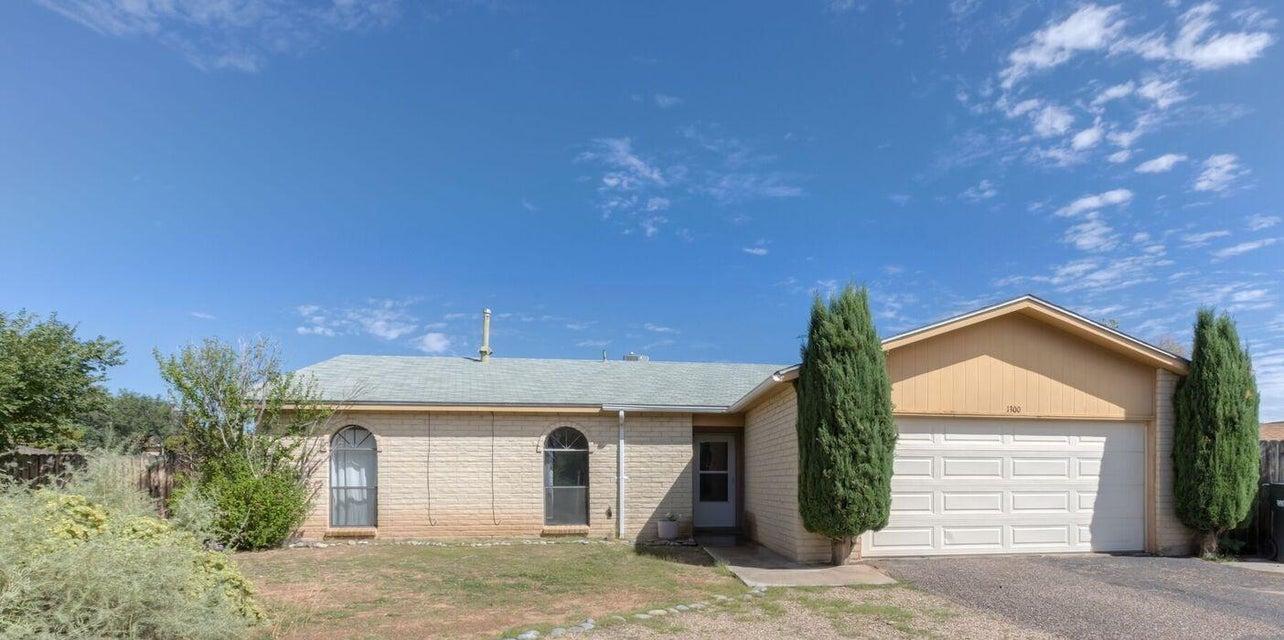 1300 Epic,Rio Rancho,New Mexico,United States 87124,3 Bedrooms Bedrooms,2 BathroomsBathrooms,Residential,Epic,875236