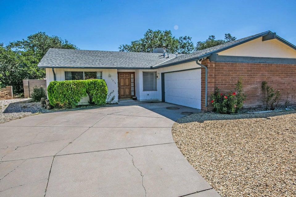 1212 Kirby NE, Albuquerque, NM 87112