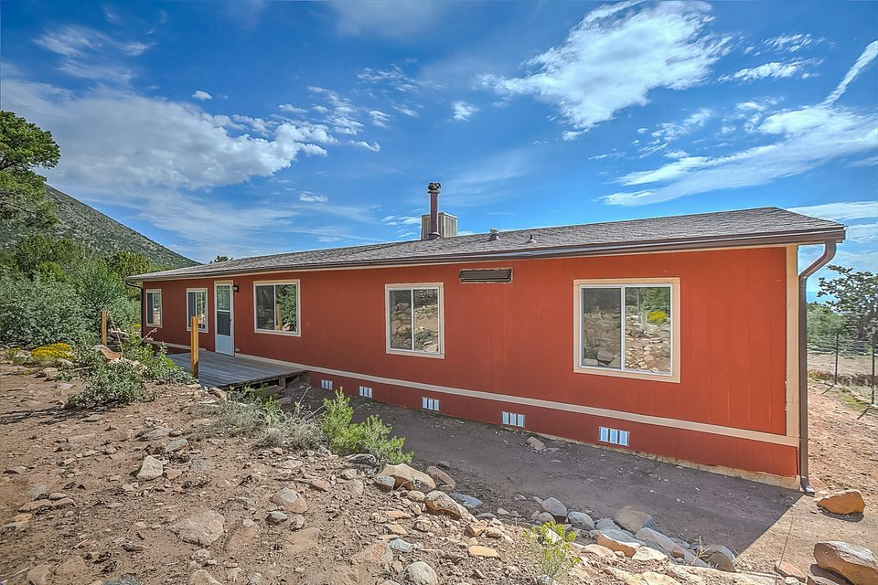 55 N North Mountain #C Road, Edgewood, NM 87015