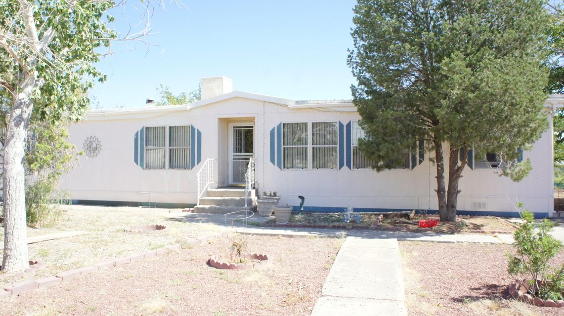 5325 Raglin Avenue, Albuquerque, NM 87121