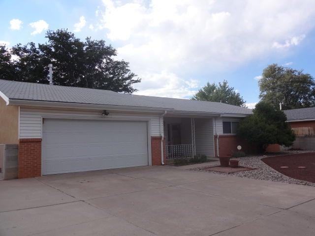 2825 Chama Street NE, Albuquerque, NM 87110