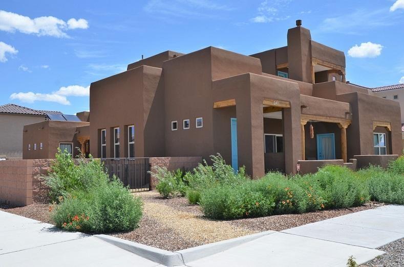2401 Stieglitz,Albuquerque,New Mexico,United States 87106,3 Bedrooms Bedrooms,4 BathroomsBathrooms,Residential,Stieglitz,875849