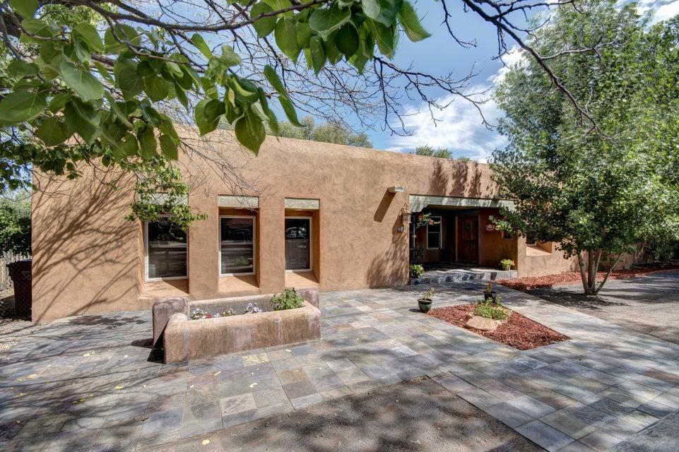 23 Academy Drive, Corrales, NM 87048