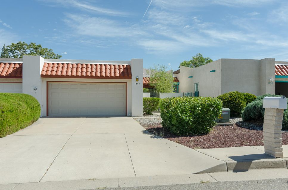 1844 Dartmouth Drive NE, Albuquerque, NM 87106