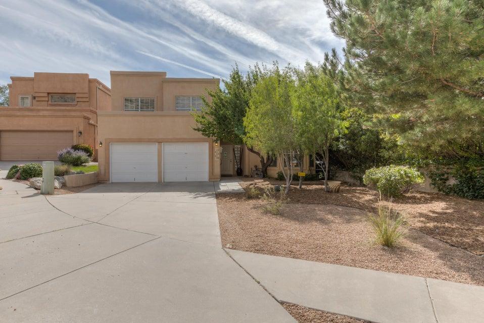 14008 Villa Sandia NE, Albuquerque, NM 87112