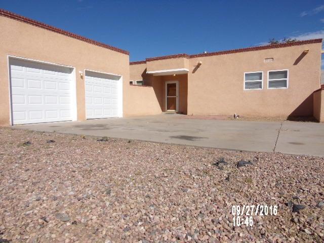 4901 College Street NW, Albuquerque, NM 87120