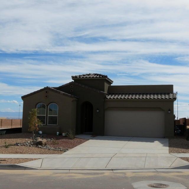 7400 Molas Road NW, Albuquerque, NM 87114