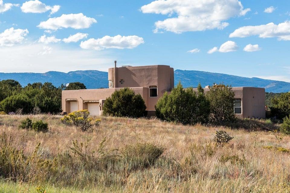 5 McCall Place, Tijeras, NM 87059