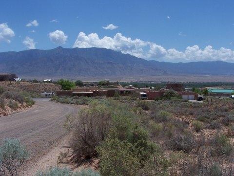 1421 Gros Ventre Drive NE, Rio Rancho, NM 87144