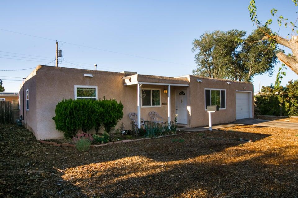 11616 Clifford Avenue NE, Albuquerque, NM 87112