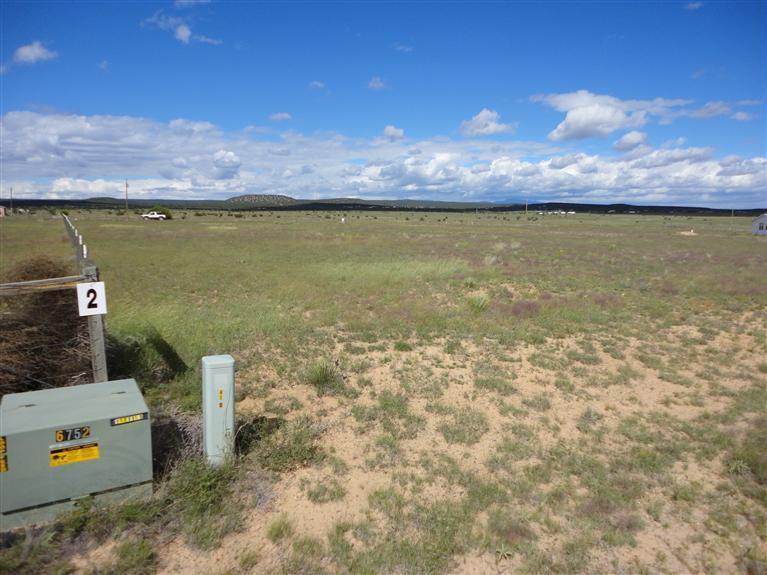 2 Coyote Loop, Moriarty, NM 87035
