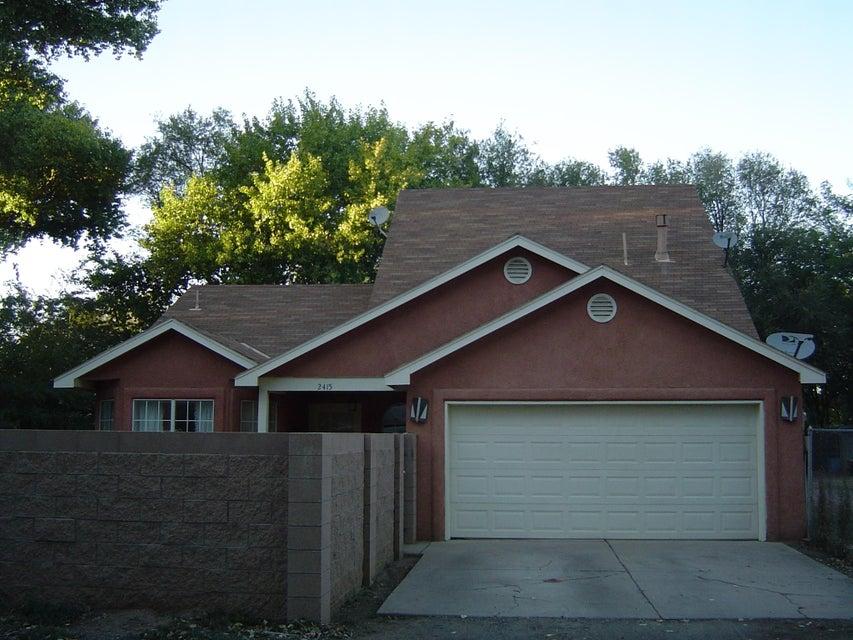 2415 Meadow Road SW, Albuquerque, NM 87105