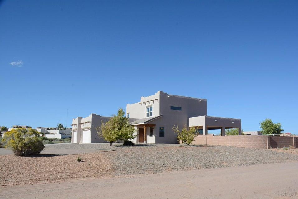 2501 Bayou Drive NE, Rio Rancho, NM 87144