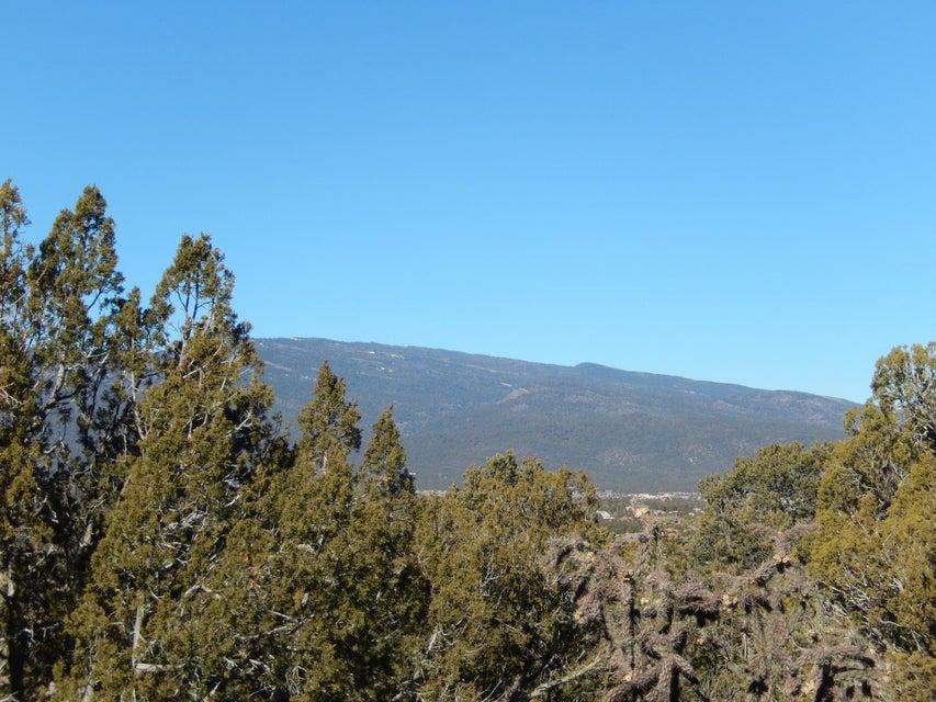 19 Vallecitos Loop, Tijeras, NM 87059