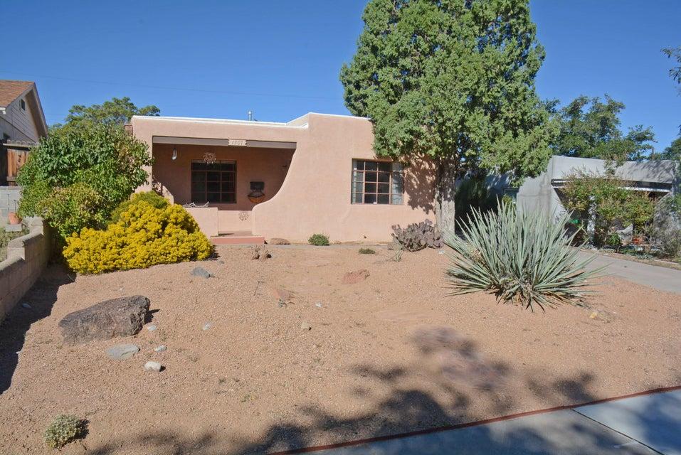1307 Truman Street, Albuquerque, NM 87108