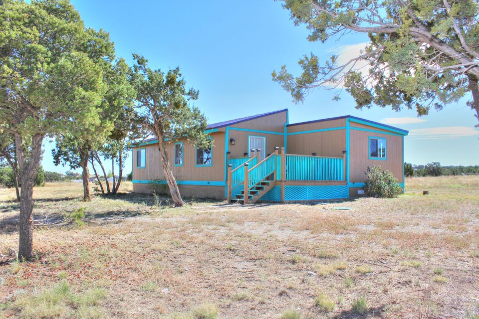 56 Pinon Road, Edgewood, NM 87015