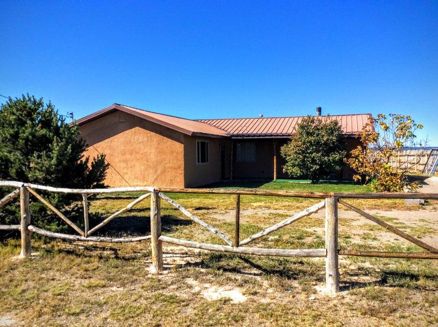 111 Echo Ridge, Moriarty, NM 87035