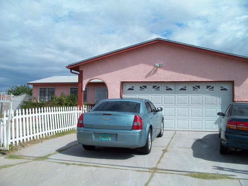 1344 Michelle Street SW, Albuquerque, NM 87121