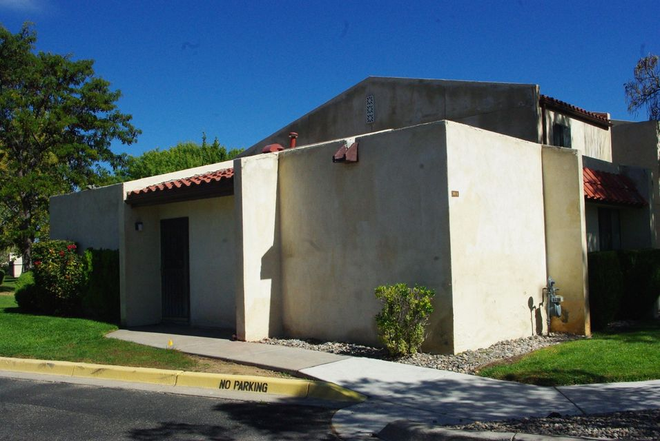 931 Country Club Drive SE A, Rio Rancho, NM 87124