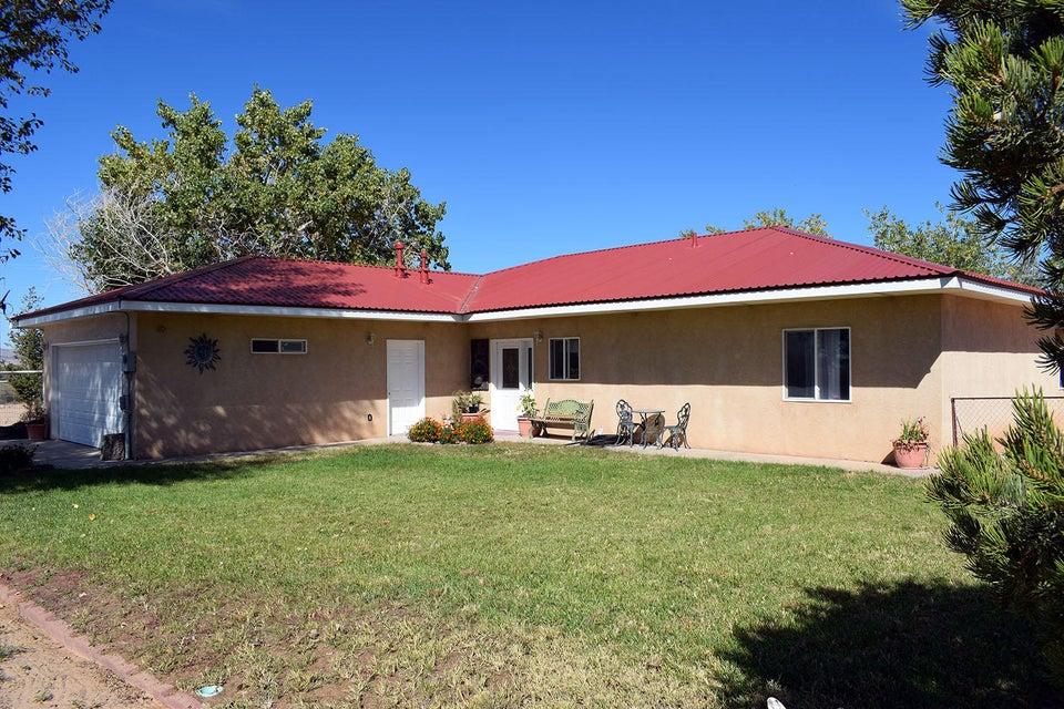 6 Miguel Lane, Los Lunas, NM 87031