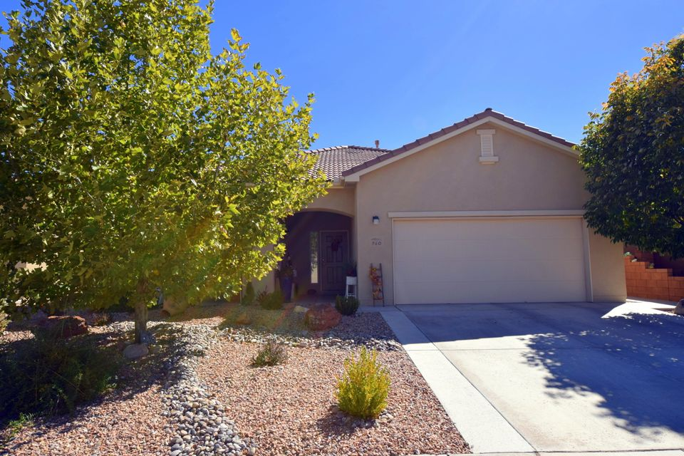 960 Evening Primrose Lane, Bernalillo, NM 87004