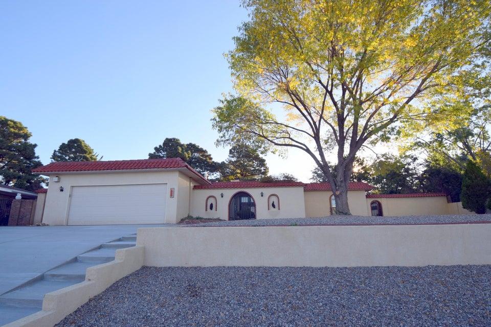 1040 Santa Ana Avenue SE, Albuquerque, NM 87123