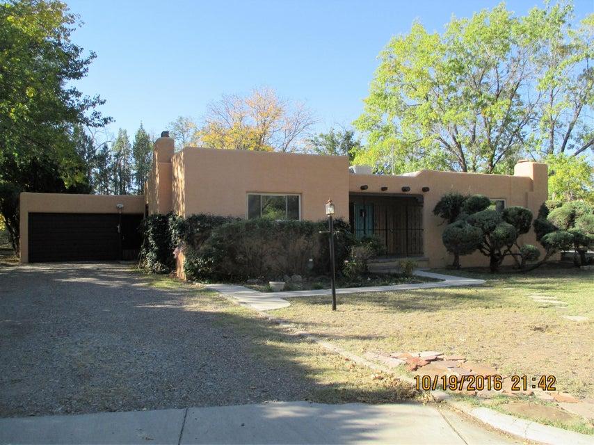 292 Sandia Road NW, Albuquerque, NM 87107