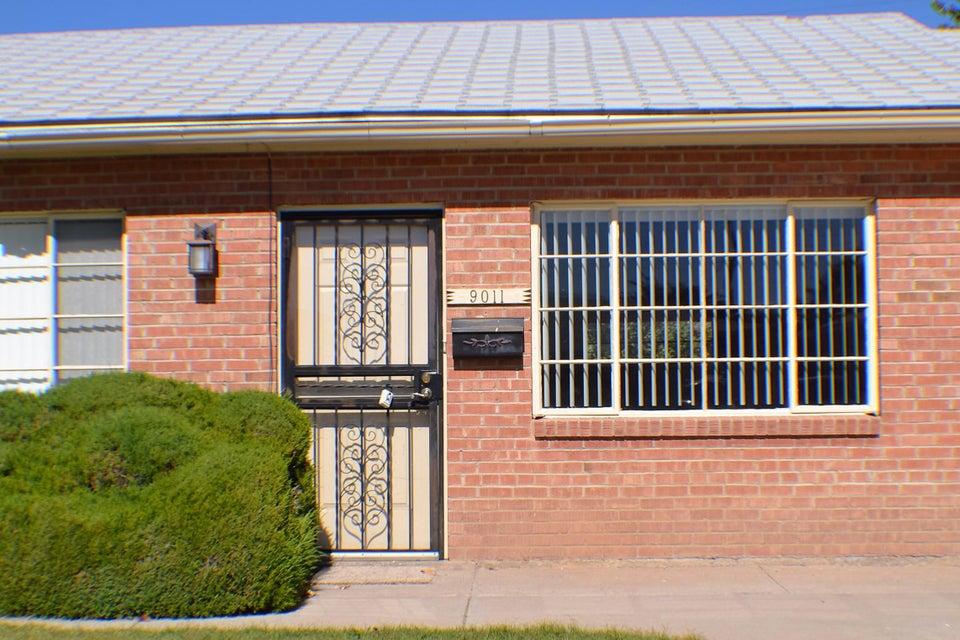 9011 Los Arboles Avenue NE, Albuquerque, NM 87112