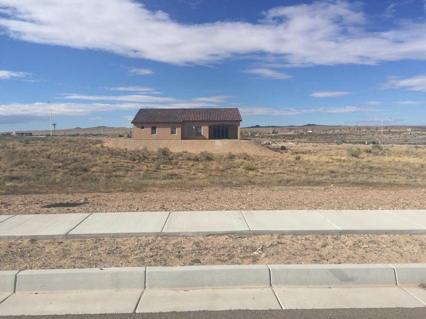 8005 Canoncito Drive NW, Albuquerque, NM 87120