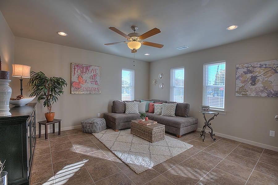636 14Th Street SW, Albuquerque, NM 87102