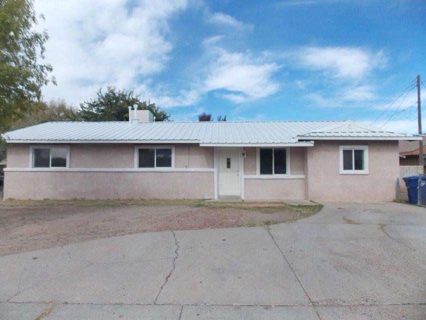 400 Mimi Court NW, Albuquerque, NM 87105