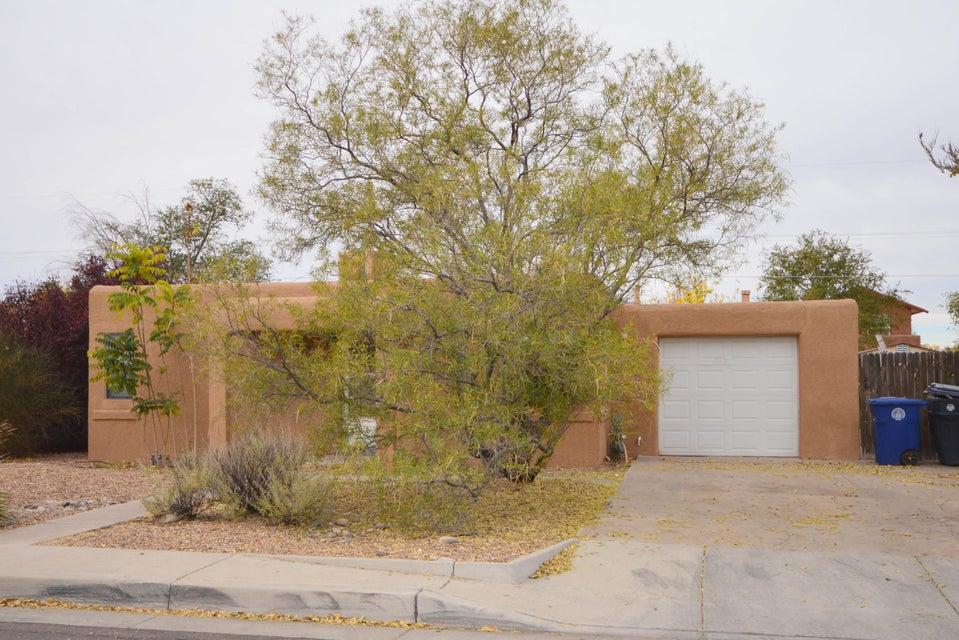 4909 12Th Street NW, Albuquerque, NM 87107
