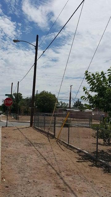 610 Anderson Avenue SE, Albuquerque, NM 87102